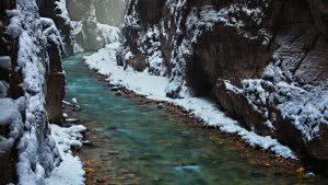 Bayern Bavaria Garmisch Partnenkrichen Wetterstein Karwendel Partnachklamm winter wonderland