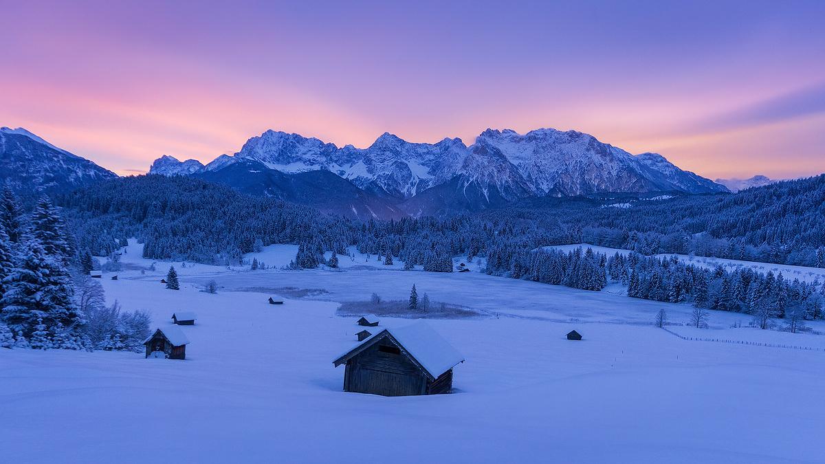 Bayern Alps Alpen Bavaria Krün Wetterstein Karwendel barn winter wonderland geroldsee